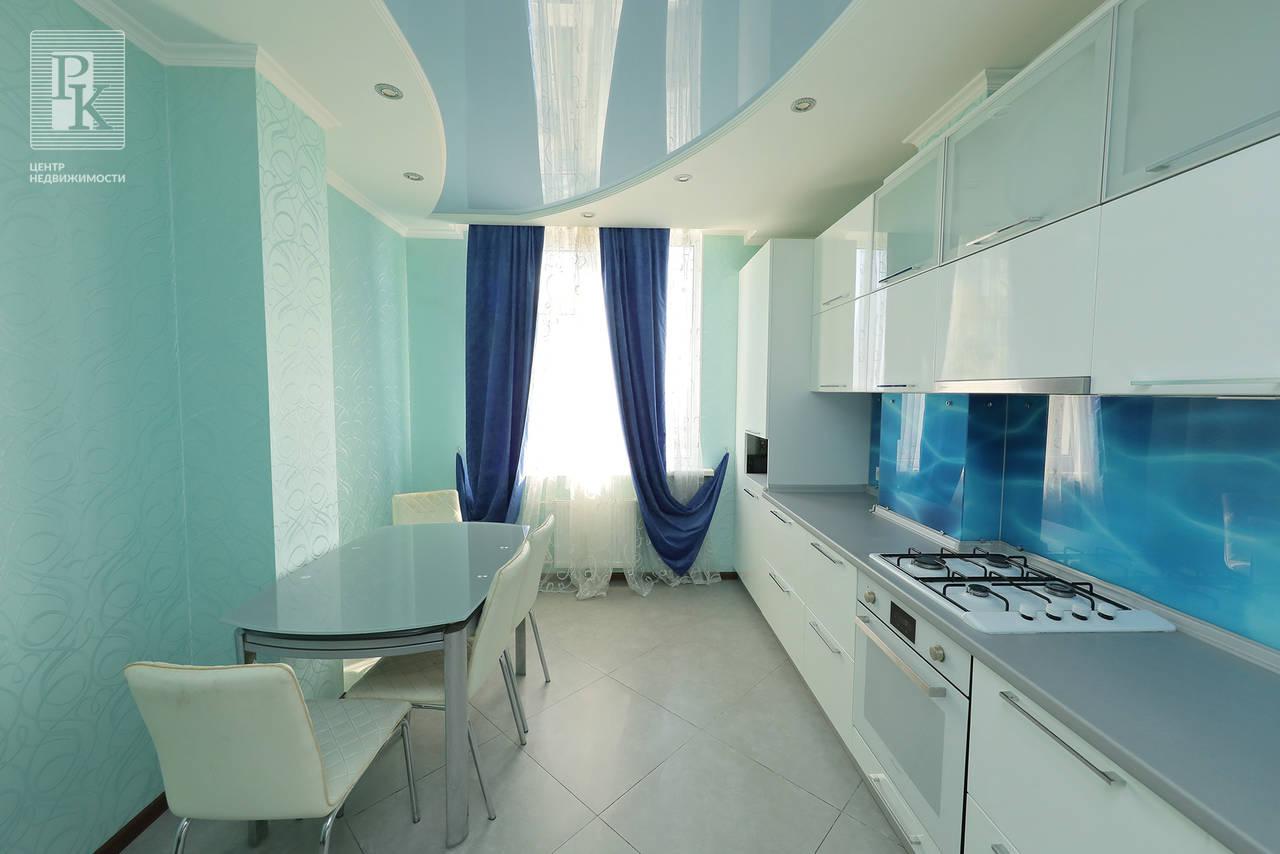 Крупногабаритная однокомнатная квартира в Гагаринском районе