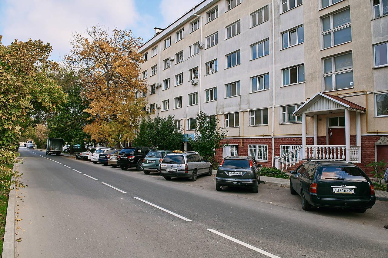 г Севастополь, ул Паршина, д 2
