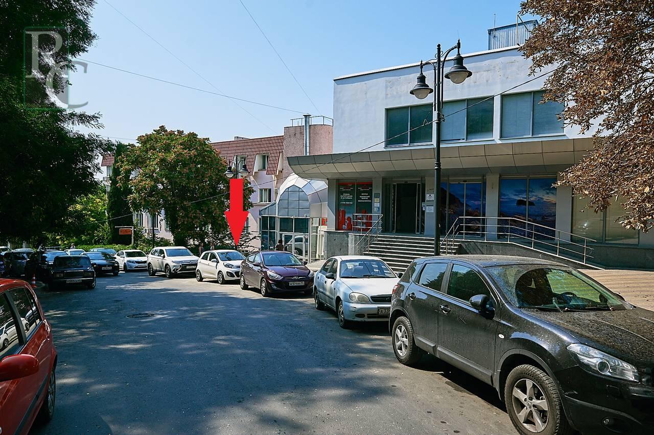 Севастополь, улица Воронина, 10