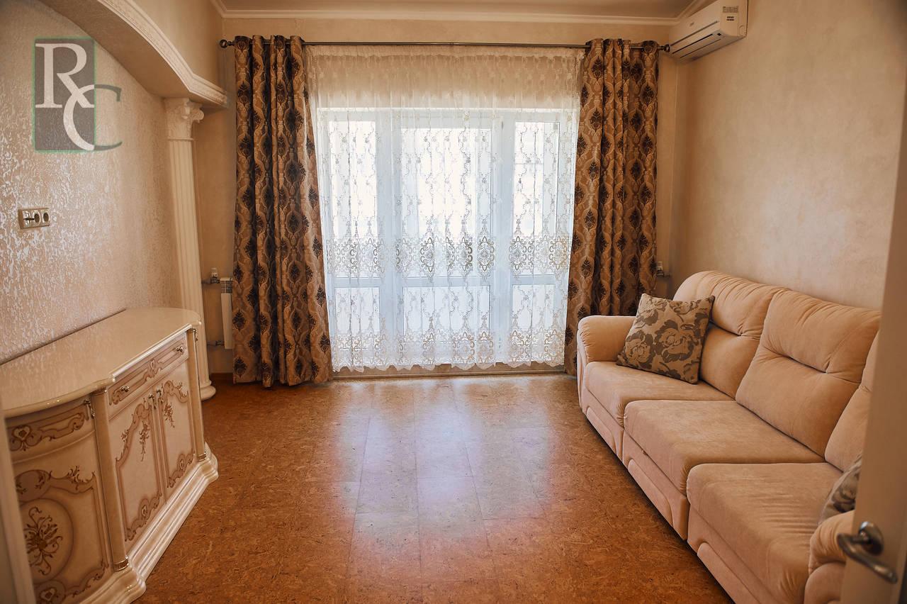 Продаётся трёхкомнатная квартира на Трудовой,25