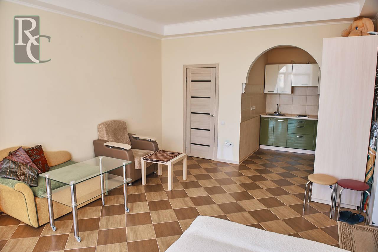Продаётся видовая  однокомнатная квартира в Форосе!