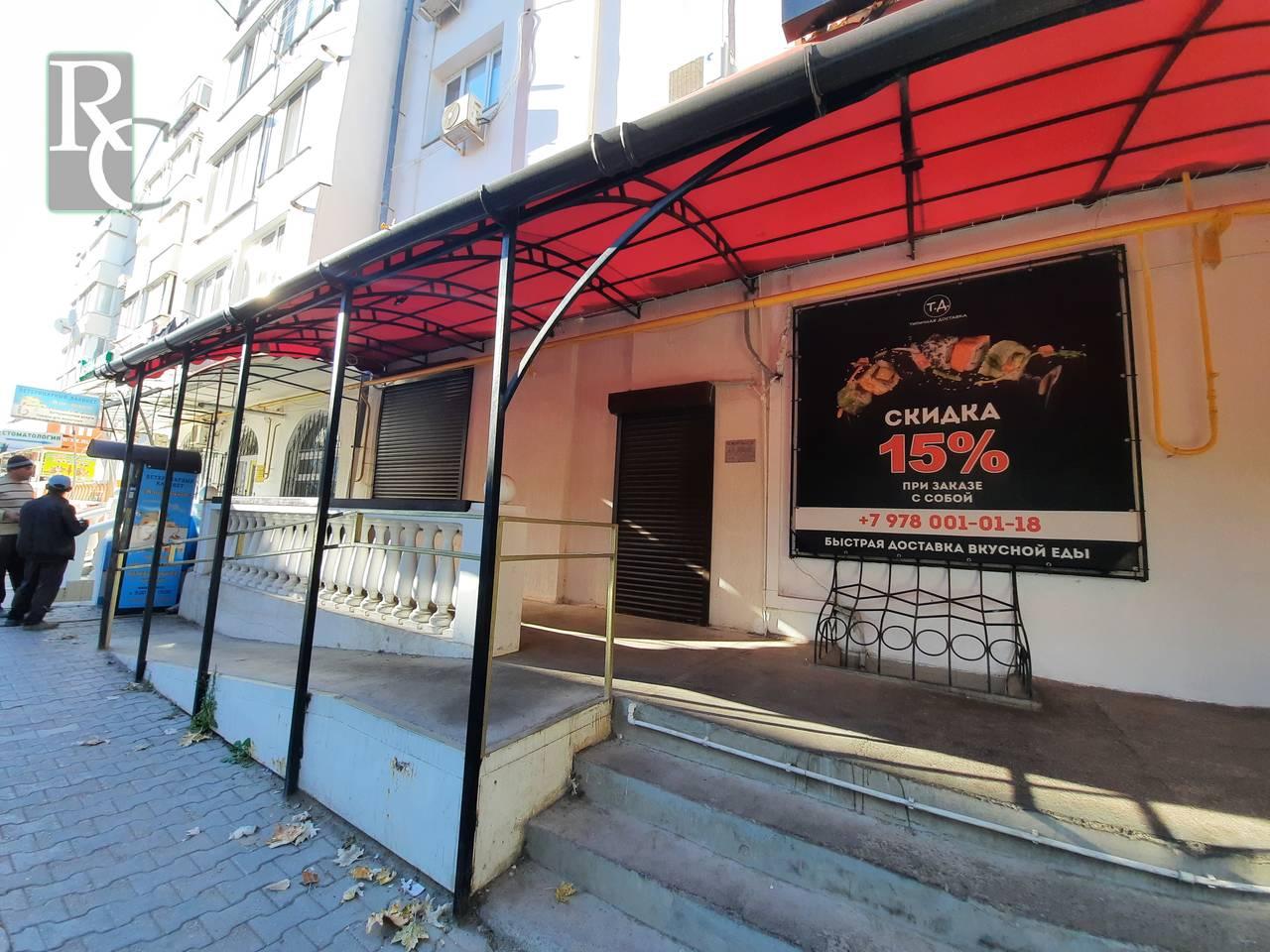 Севастополь, проспект Октябрьской революции 42