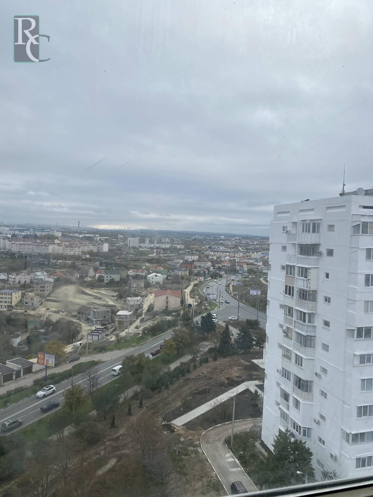 Продается видовая двухкомнатная квартира на ул. Степаняна, д. 3