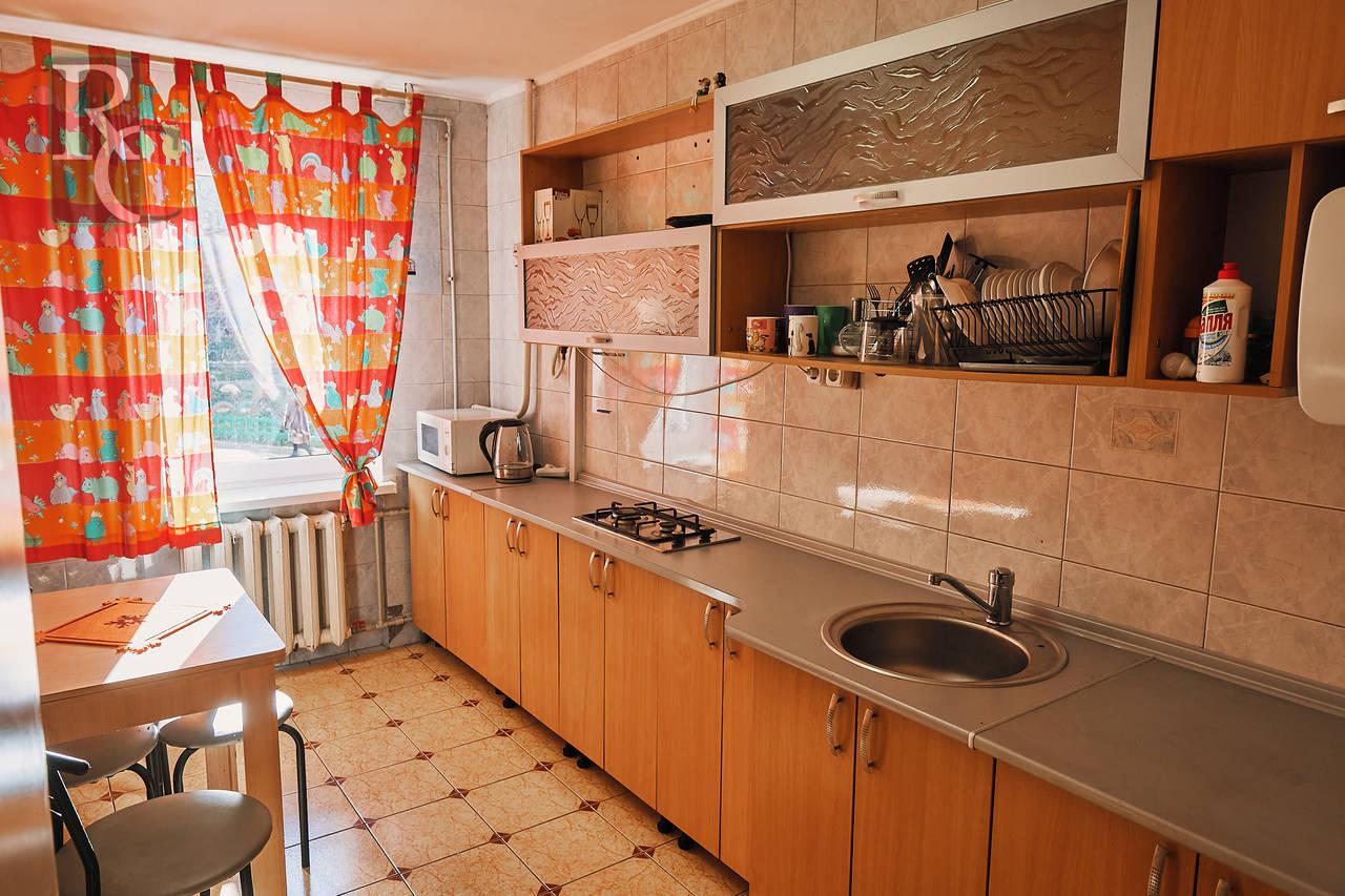Продам четырёхкомнатную квартиру ПОР 26