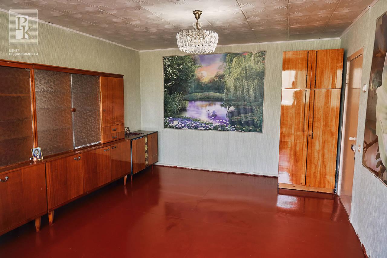 Продается двухкомнатная  квартира улучшенной планировки на Острякова