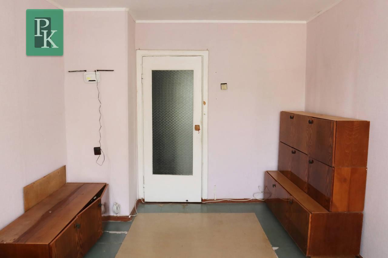 Продаётся двухкомнатная  квартира рядом с парком Учкуевка