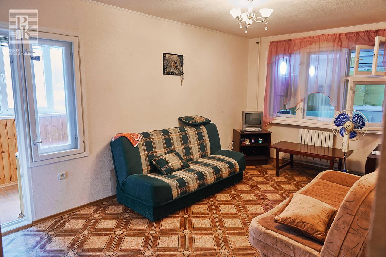 Продаётся четырехкомнатная квартира на ЮБК