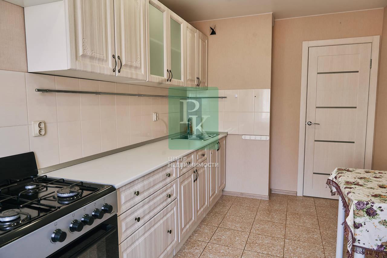 Продается двухкомнатная квартира на ул. Камышовое ш. 37Б, к.1