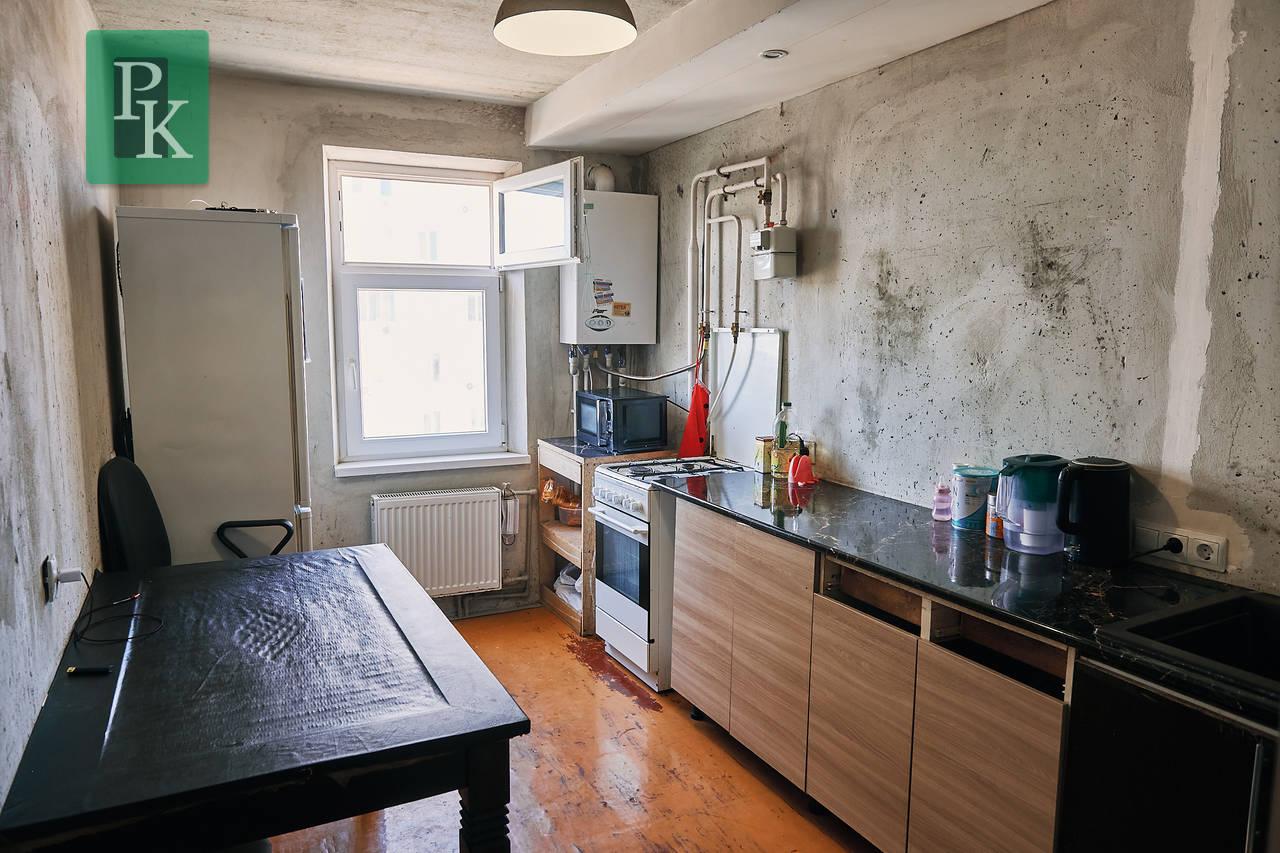 Двухкомнатная квартира, пр-т Античный 11а