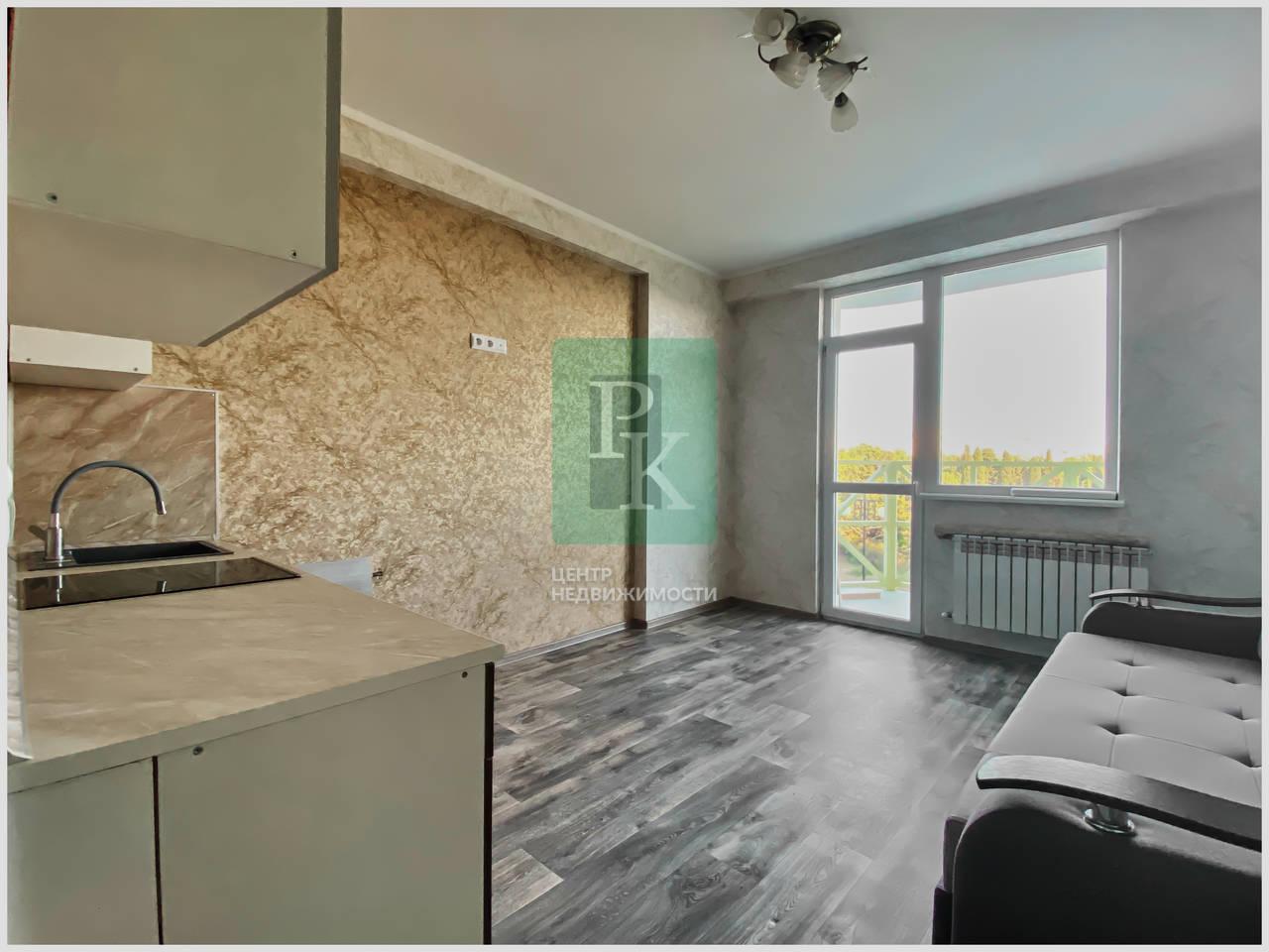 Продам апартаменты-студию возле ЯхтКлуба на Летчиках 6