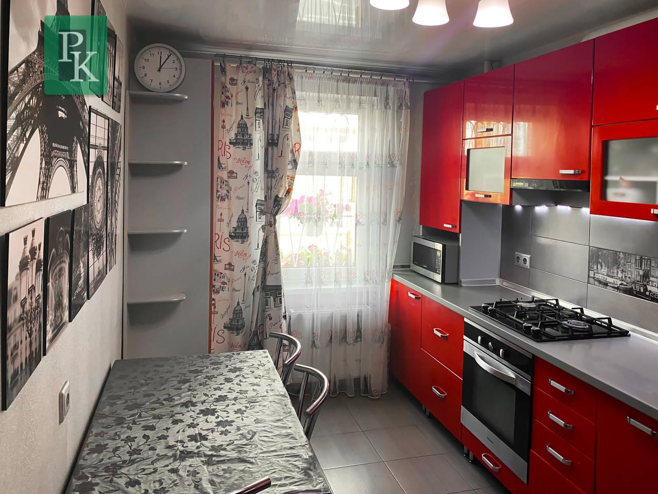 В продаже двухкомнатная квартира на Столетовском проспекте 24