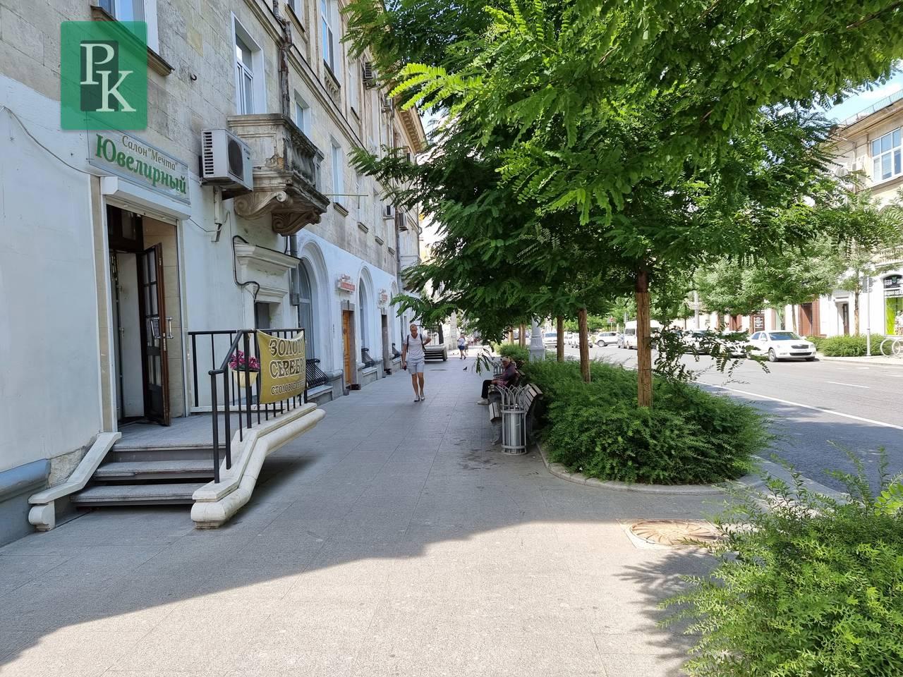 г Севастополь, улица Большая Морская, д 38