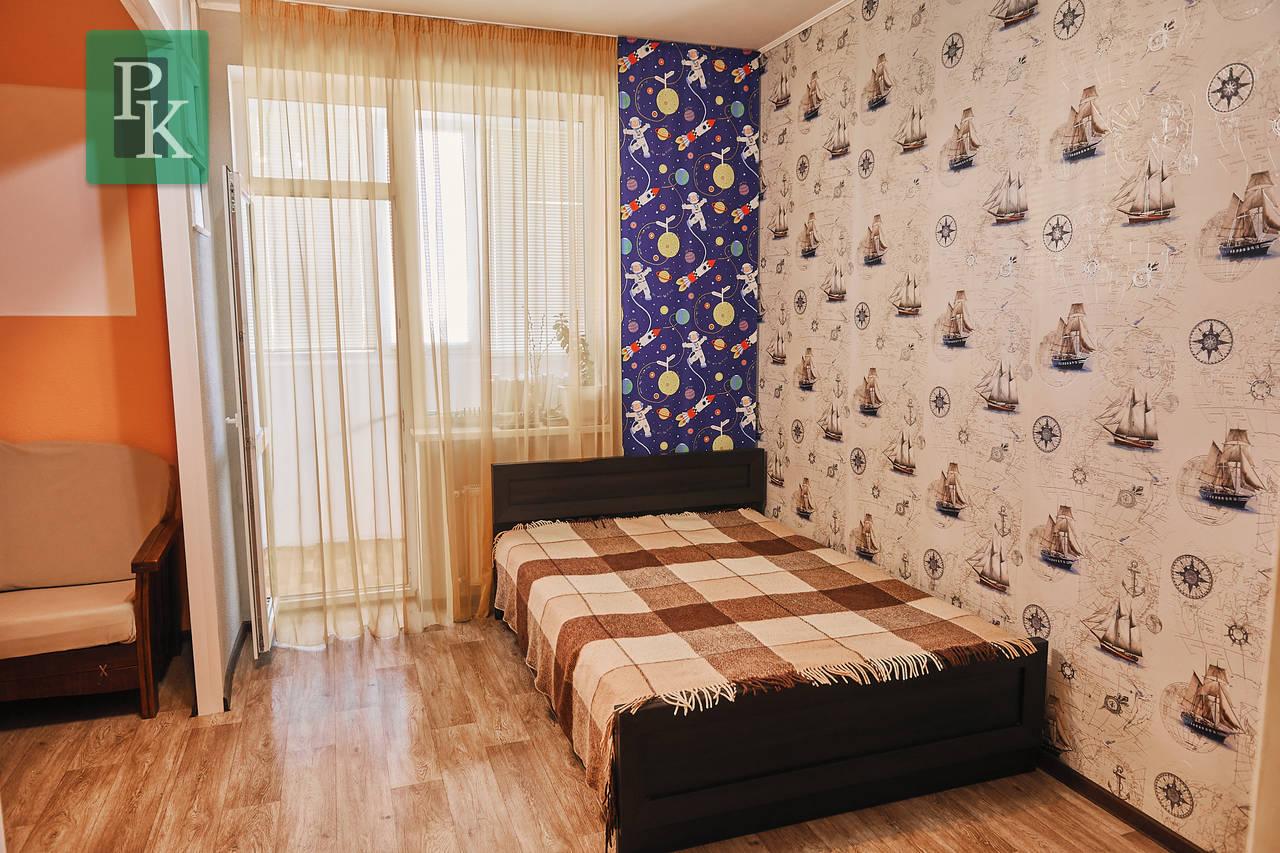 Продам крупногабаритную однокомнатную квартиру  на Т. Шевченко 8В