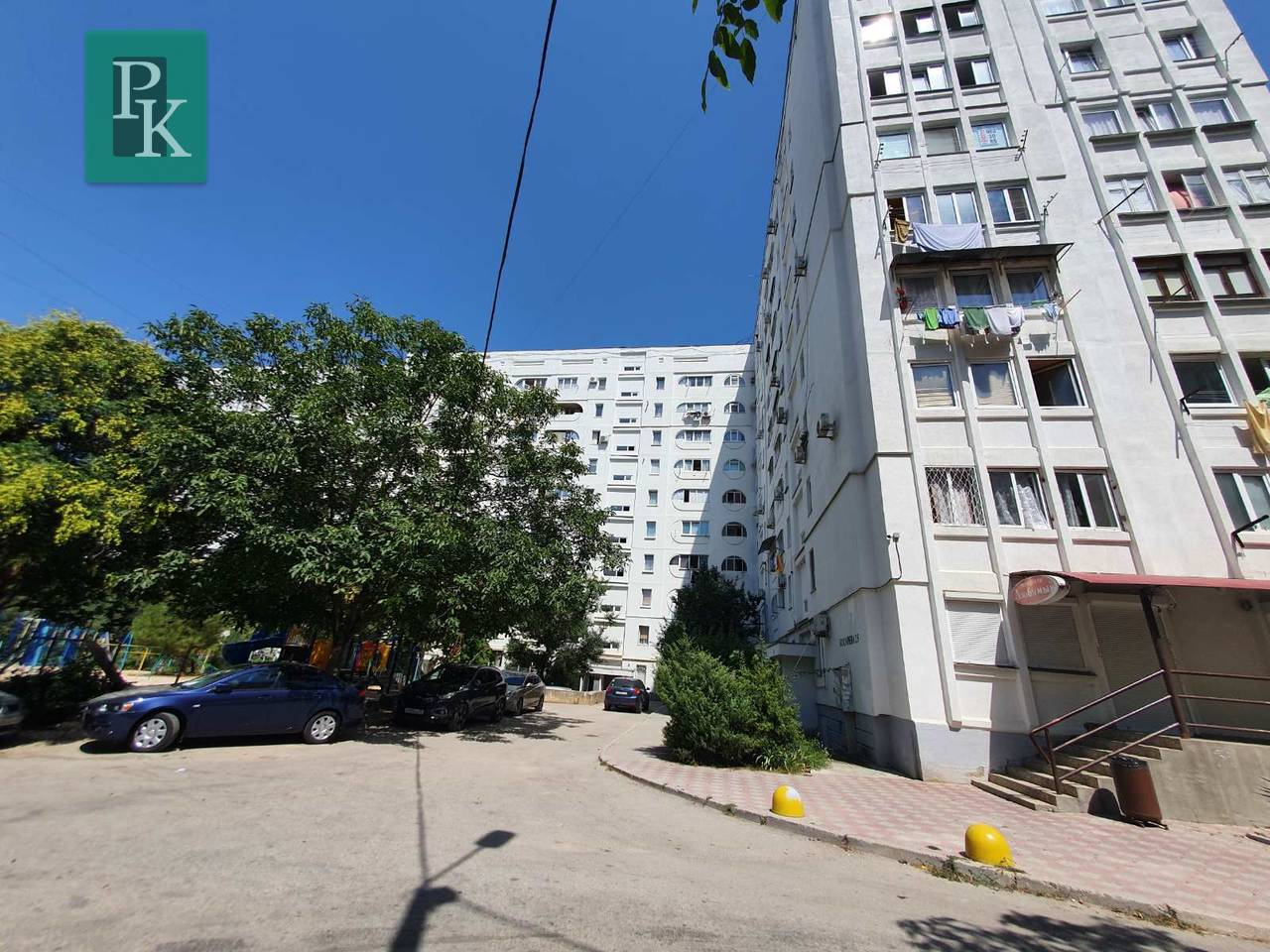 Продается четырехкомнатная квартира на Косарева,25.