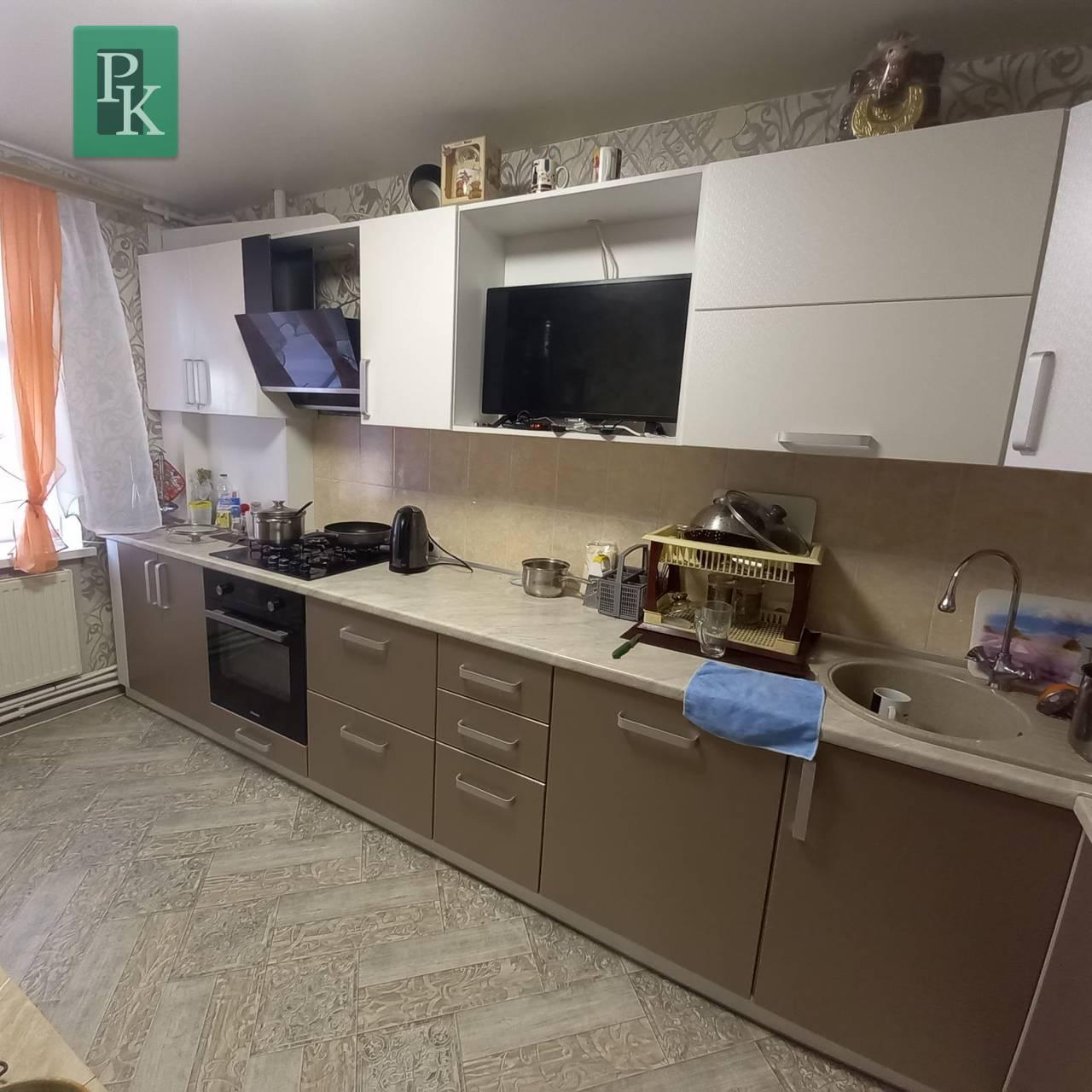 Двухкомнатная квартира по ул.  Комбрига Потапова, д 24