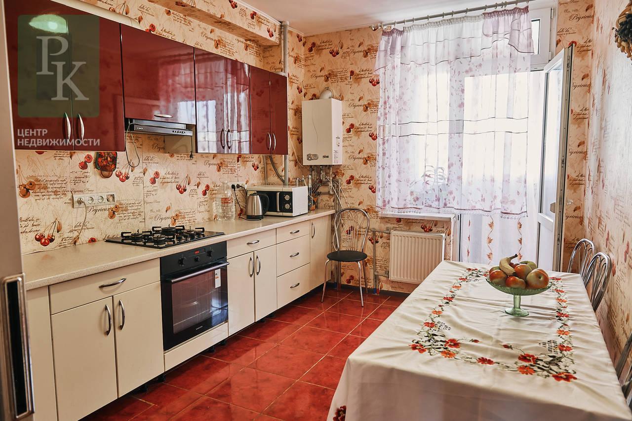 Продаётся двухкомнатная квартира с АГВ в Гагаринском районе