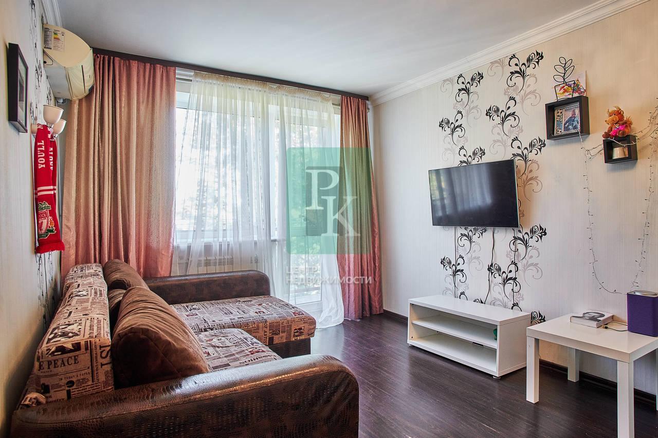 Однокомнатная квартира на улице Аксютина